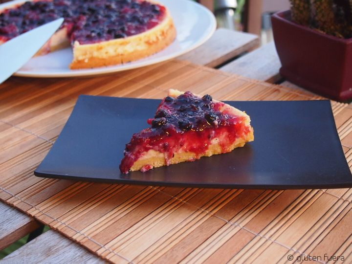 Pastel de queso con frutos rojos sin gluten
